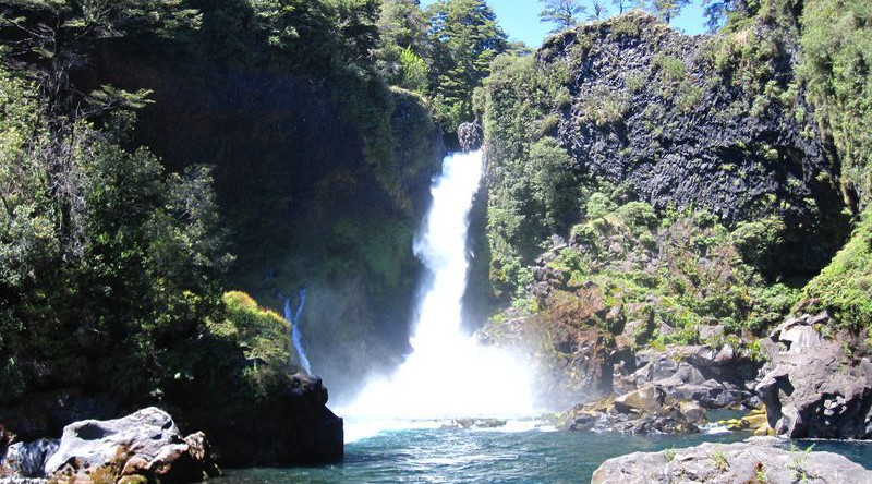 best waterfalls tours in Chile